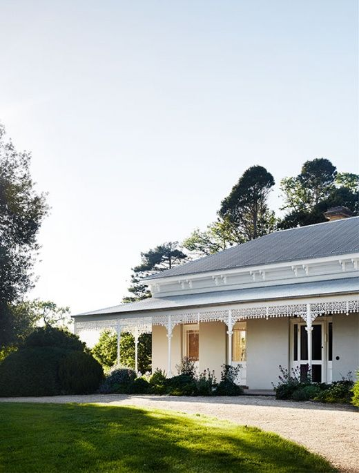 A remarkable restoration and renovation for Delatite Station, one of Mansfield's oldest properties, by Templeton Architecture.