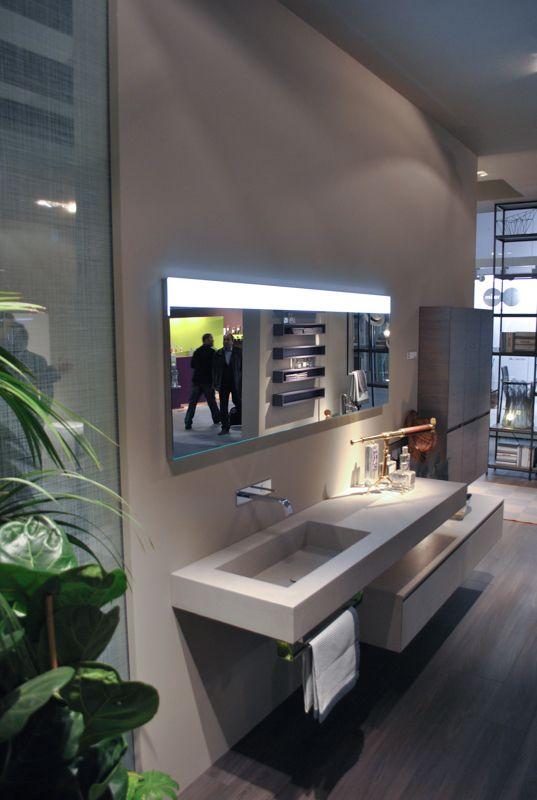 Ideagroup porta a ISH 2017 a Francoforte tutte le novità delle sue linee di arredo bagno e box doccia. Nuove finiture e materiali.