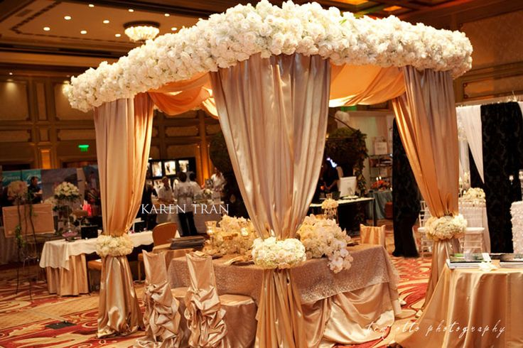 1000 Ideas About Gold Weddings On Pinterest: 1000+ Ideas About Extravagant Wedding Decor On Pinterest