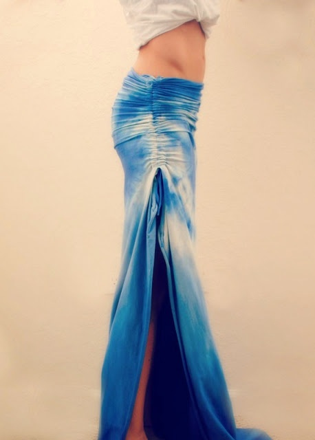 Trash To Couture: DIY ruched maxi skirt. need to do this to a maxi dress i have.