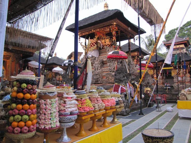 Conrad Bali Resport en Spa, luxueus genieten op het eiland van de Goden en Demonen. Bali Colours