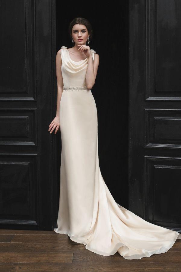 Купить красивое свадебное платье в свадебном салоне