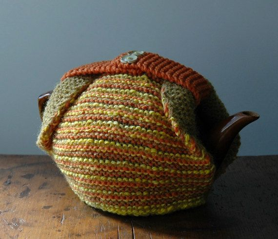 Knitted tea cosy by KororaCrafters on Etsy