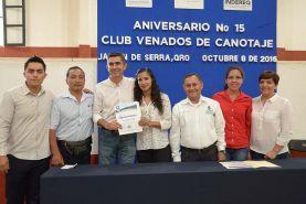 -Reconocieron a canoistas que han sido seleccionados nacionales y participantes en juegos panamericanos. Jalpan de Serra Qro. Octubre de 2016.-...