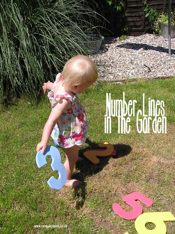 Number lines in the garden - putting numbers in order for toddlers and preschoolers
