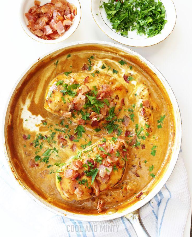 Będziecie zaskoczeni jak szybko i łatwo można przygotować sycący i pyszny obiad dla całej rodziny. Kurczaka najpierw marynujemy w miod...