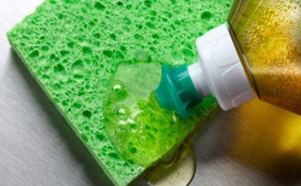 Detergente Caseiro com Óleo de Cozinha Usado