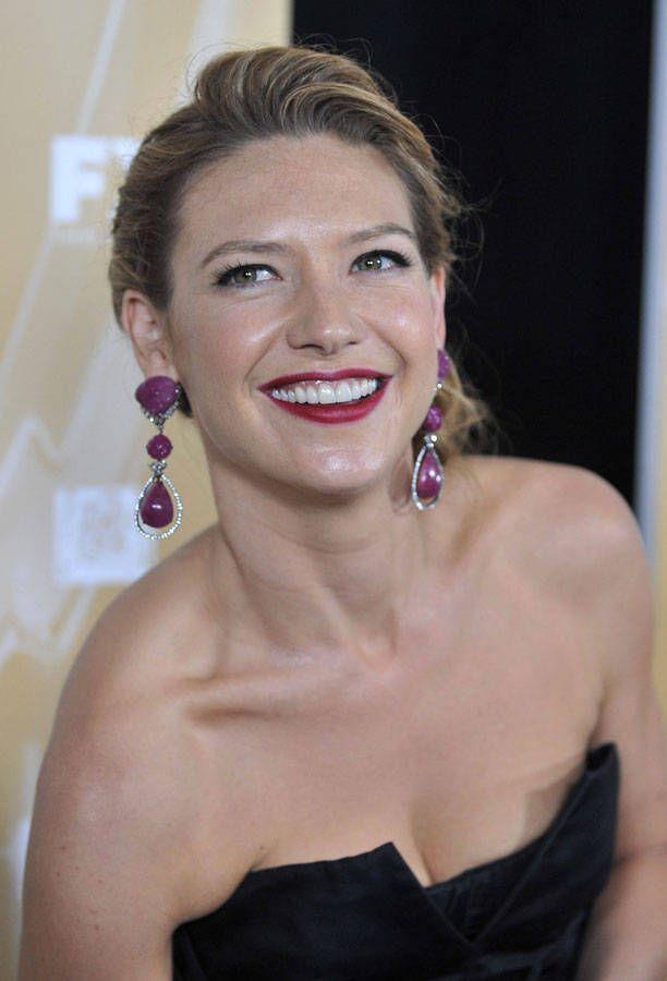 Anna Torv #Australia #celebrities #AnnaTorv Australian celebrity Anna Torv loves http://www.kangadiscounts.com http://searchcelebrityhd.com/blog/