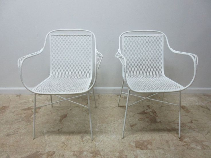 Amazing Pair Vintage Mid Century Home Crest Mesh Outdoor Patio Arm Chair A