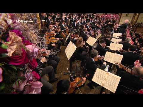 Vienna Philharmonic New Year's Concert 2014 Full (HD) - YouTube