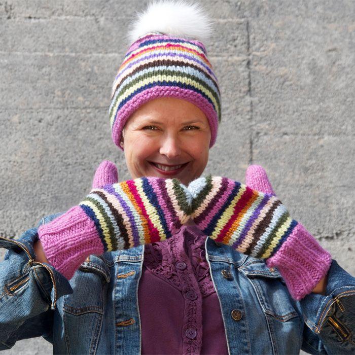 Gratis strikkeoppskrift på stripelue og votter