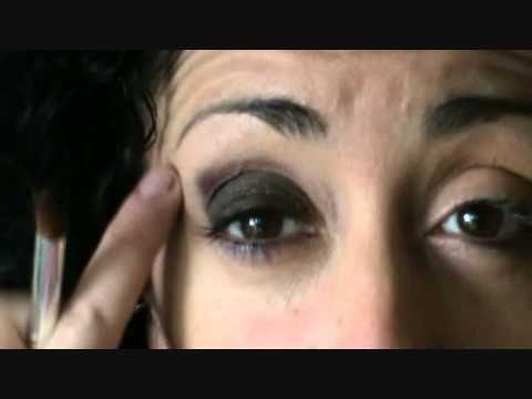 Occhi piccoli trucco per ingrandire - VideoTrucco