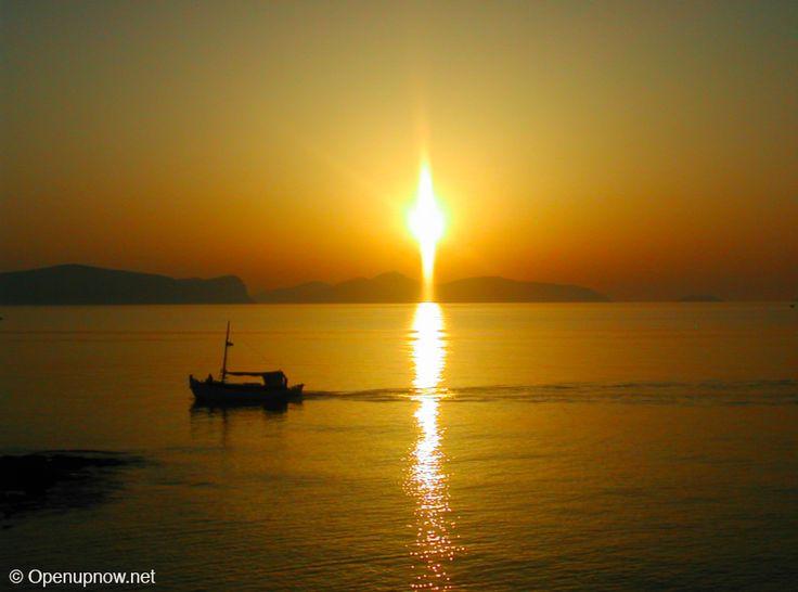 Sunrise in Portoheli, Greece © http://travelwithmk.com