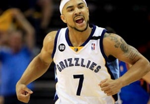 Image: Jerryd Bayless of the Memphis Grizzlies reacts after sinking a three-pointer against the Oklahoma City Thunder during Game 3 of the Western Conference semifinals at FedExForum in Memphis on Saturday (© Jamie Squire/Getty Images)