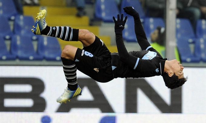 La Lazio decolla: batte la Samp ed è seconda! - Le foto della sfida a Marassi tra la squadra di Petkovic e quella di Delio Rossi, terminata 1-0 per i biancocelesti