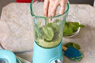 recette de Pesto au mélangeur - Kraft Canada