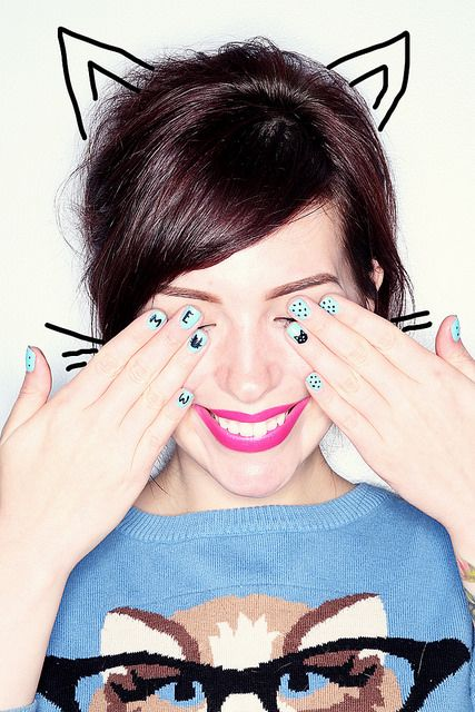 How funny is this manicure? Click on the photo for the how-tos.