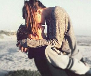 #full #of #love #couple #girl #boy #kiss