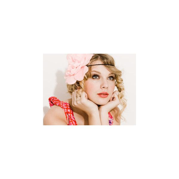 Taylor Swift Fansite - Seventeen Photoshoot 2 ❤ liked on Polyvore featuring taylor swift, pictures, people, photos and backgrounds