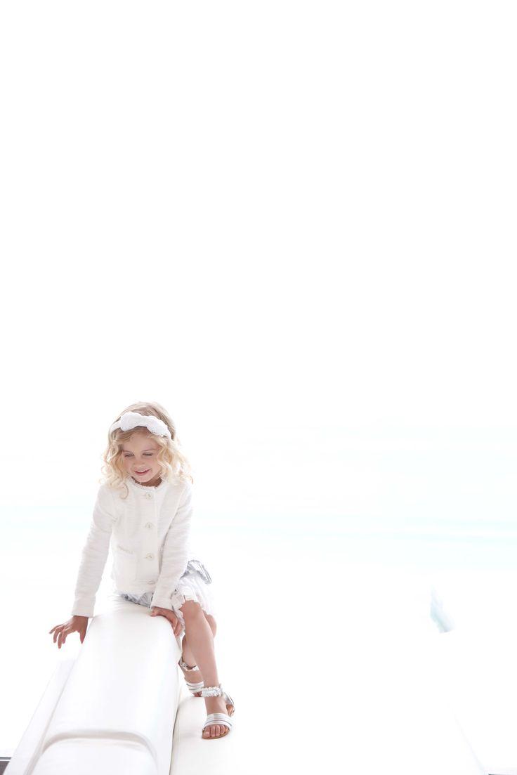 Elsy Baby Abiti raffinati e candidi per le cerimonia della tua bambina.  Moda bambino, moda bimba, abbigliamento bimba, vestiti bambina, abiti da cerimonia, abiti bambine #abbigliamento #vestitibimba #moda