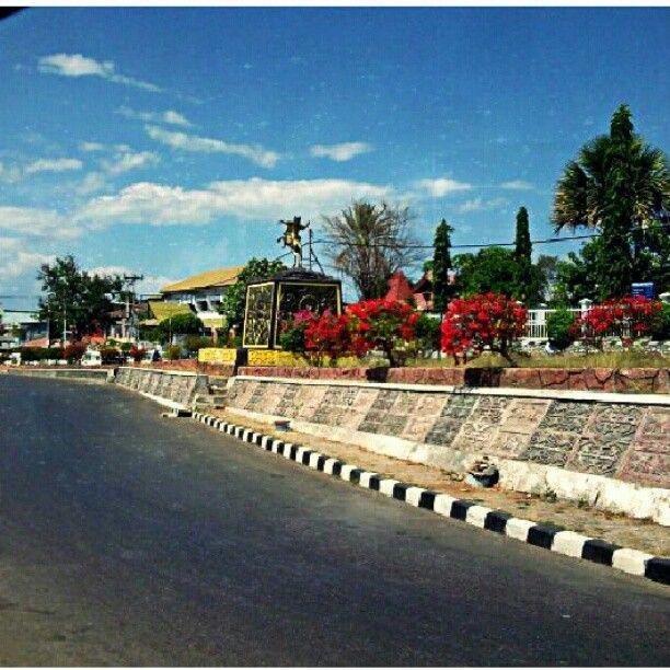 Patung Sonbai di Kupang, Nusa Tenggara Timur