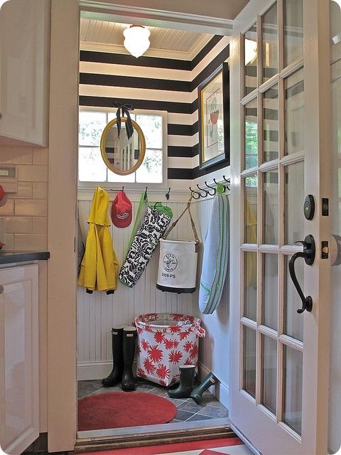 mudroom: Idea, Beads Boards, Stripes Wall, Black And White, Mudrooms, Mud Rooms, Beadboard, Laundry Rooms, Small Spaces