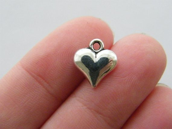 8 Heart charms antique silver tone H133