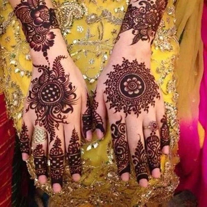 Simple Mehndi Design For Hand And Feet You Should Know