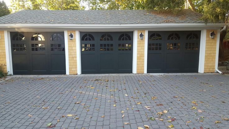 The 89 best images about clopay wood carriage house garage Clopay garage door colors