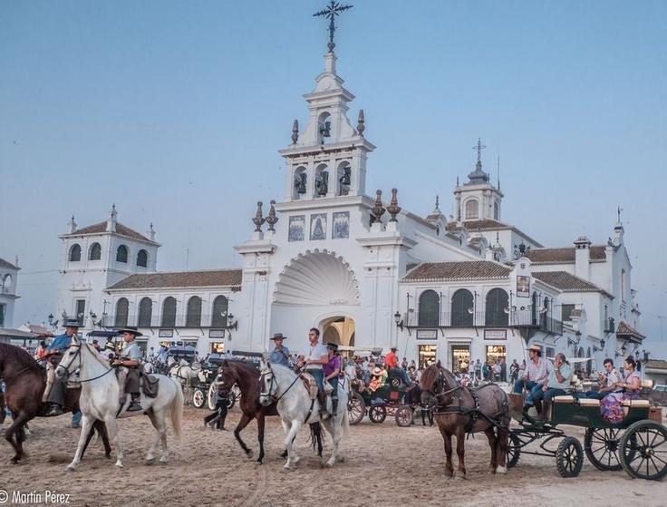 Place: El Rocio, Huelva / Andalucía, Spain. Photo by: Martin Pérez (500px.com)