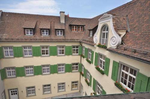 JUFA Hotel Meersburg Meersburg Peacefully located on Lake Constance, this youth and family guest house is surrounded by historical buildings. It is a short walk from all attractions in Meersburg's Old Town.