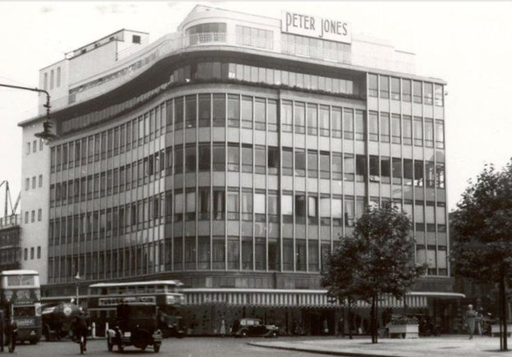 Peter Jones Sloane Square in the year it was built (1932 ) before further extension into Kings Road. Britains first 'glass curtain wall' building.