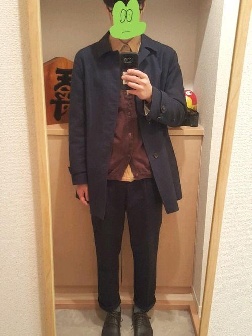コート…無印。 カーディガン…UNITED ARROWS。 シャツ…古着。 ズボン…UNIQLO。
