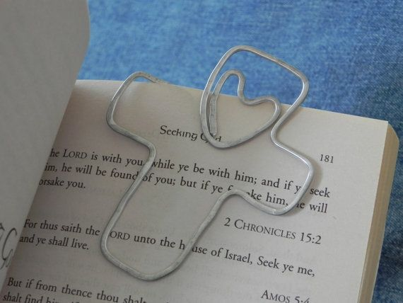 Personalized Wire cross Bookmark with heart... shaped wire -- hammered and hand stamped with name