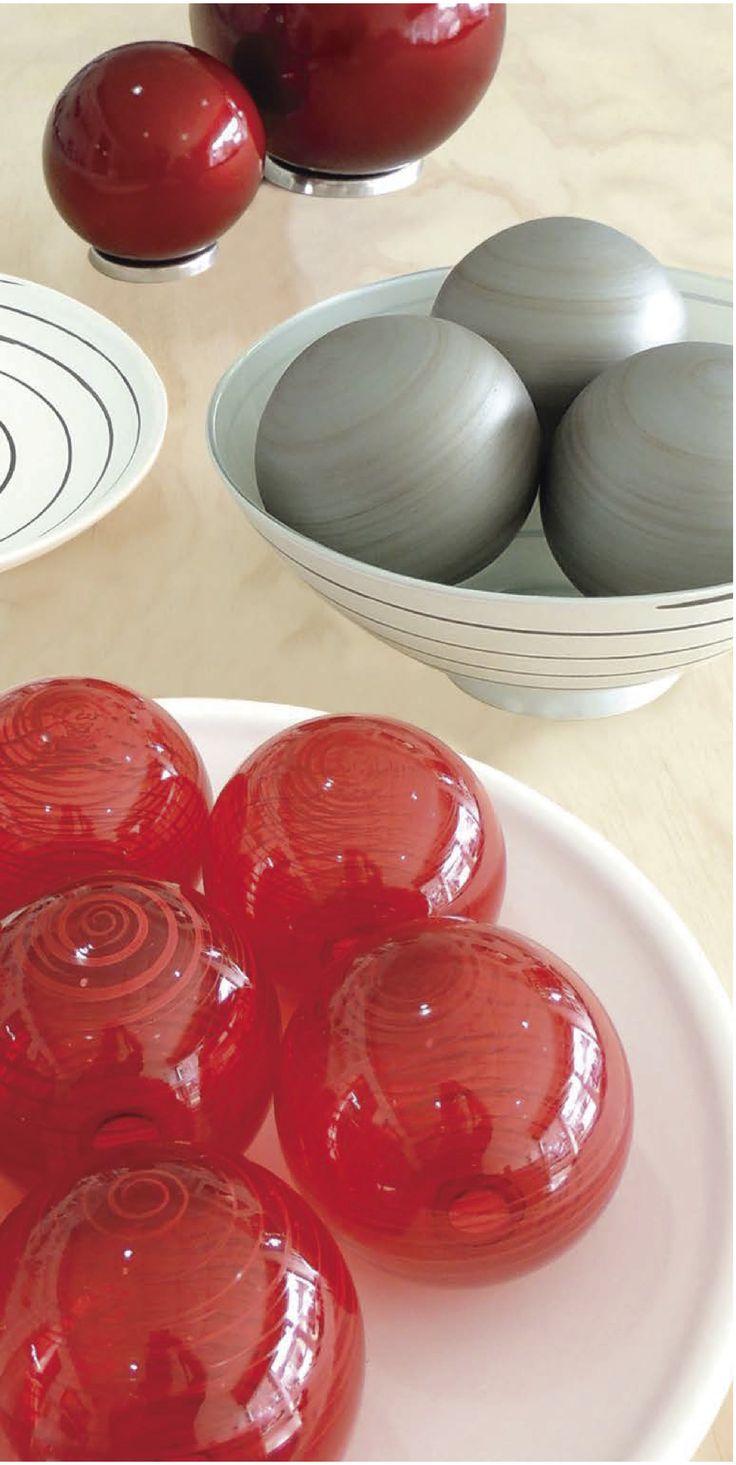 Esferas de vidrio perfectas para darle vida a los centros de mesa.