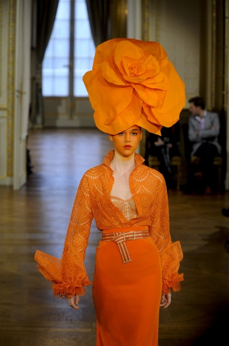 Alexis Mabille - They even painted her face orange.