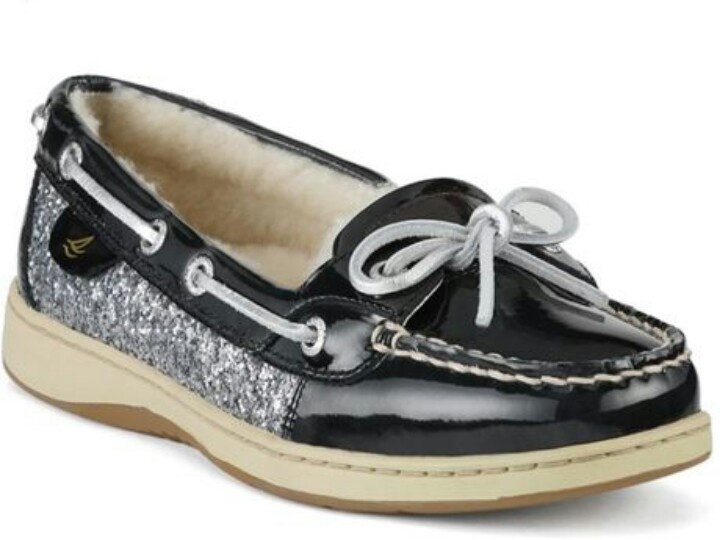 i have an obsession with boat shoes.. #sperrys