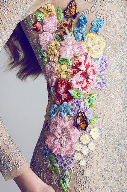 butterfly decoration flower floral spring haute couture fashion costume bride wedding gorgeous
