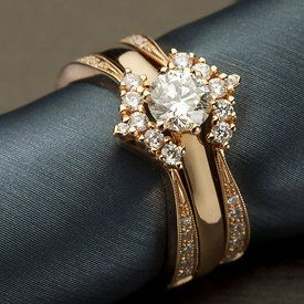 Diamond ring in rose gold by E.Lindroos. Photography by Janne Kommonen