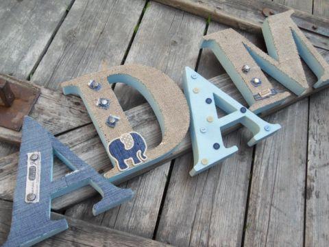 ADAM egyedileg díszített polisztirol habbetűk igény szerinti színvilággal és egyéni/egyedi stílusban rendelhetők.  A betűk 19cm magasak és a 3cm szélesek. #### name, letters handmade, baby, gift ,név, betűk, kézzel készült, bébi, ajándék...