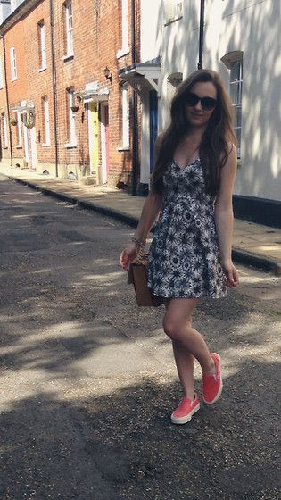Missguided Daisy Skater Dress, Vans Trainers, River Island Satchel Bag, Topshop Sunglasses