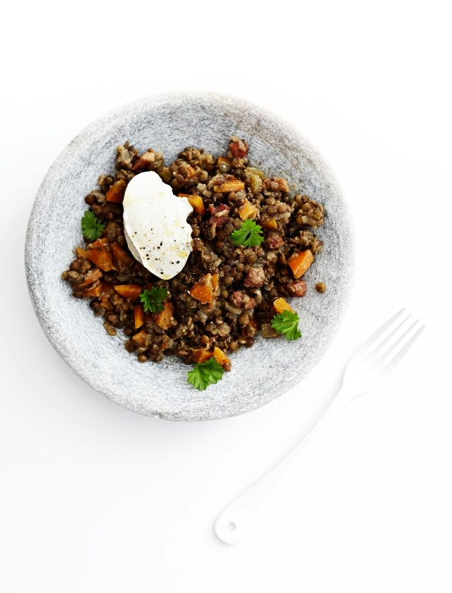 Cosy Lentils with Labneh
