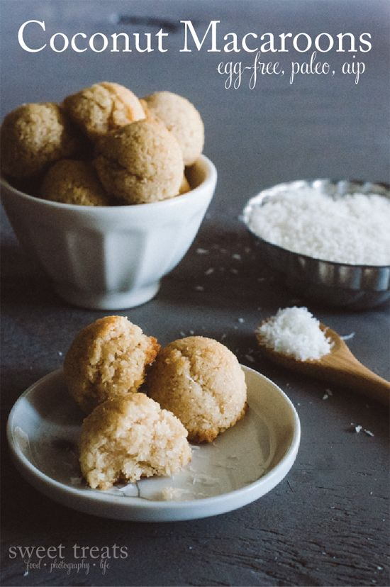Sweet Treats: food, photography, life: Blog Birthday & Coconut Macaroons (AIP, Paleo)