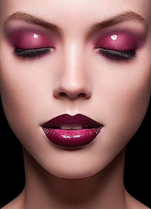 Glossy eyeshadow - Make-up PLUM-I SO WANT MY MAKE UP DONE LIKE THIS:)
