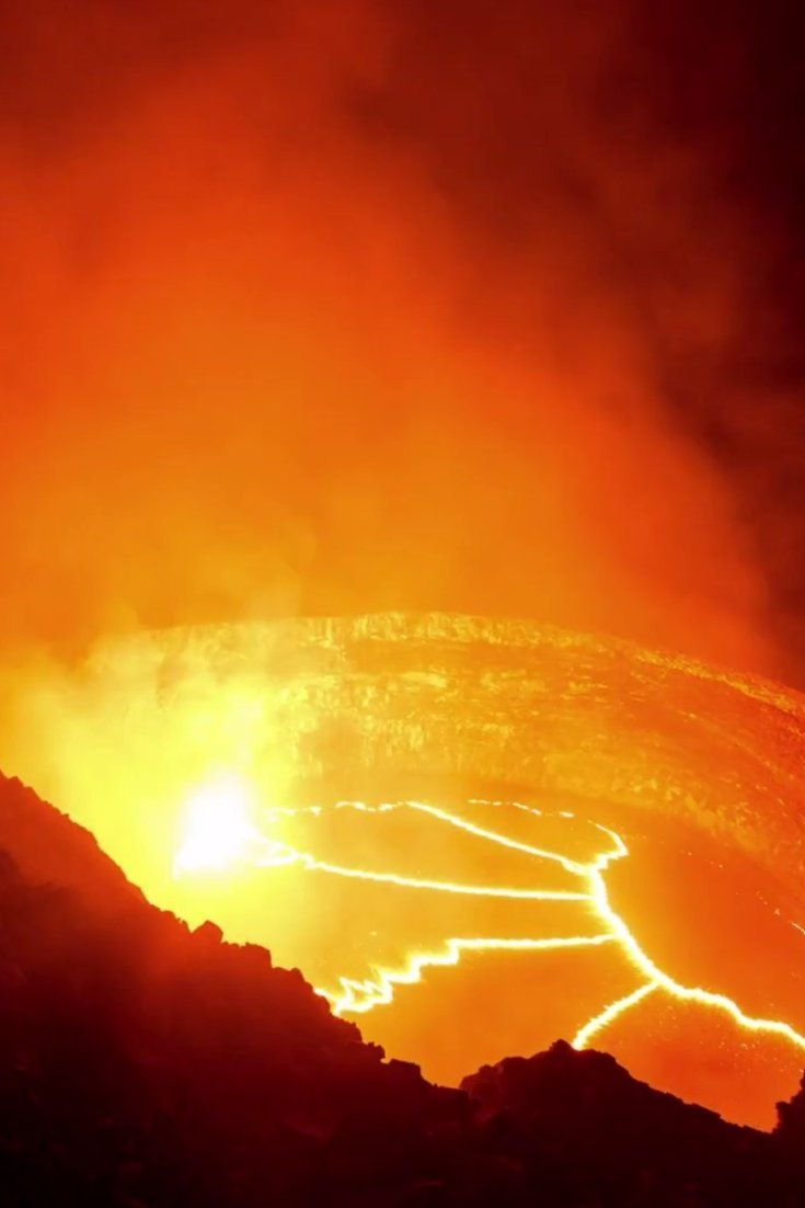 Lava texture bing images - Beautiful Time Lapse Of Kilauea Volcano Dives Into The Fiery Blood Of Earth