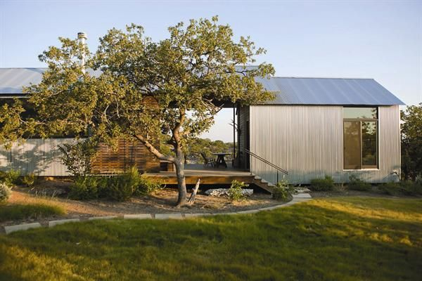 Miller ranch porch house vanderpool texas a modular for Dogtrot modular homes