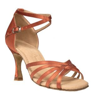 "Elegant Dance Taloa Brown 2,5"" Flare."