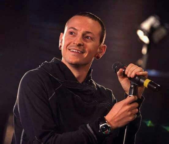 Lovely Smile! - Chester Bennington