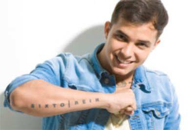 Sixto Reynaldo Rodríguez Dorta, es un cantante de reggaetón, conocido artísticamente como Sixto Rein, nació en Anzoátegui, Venezuela el 23 de septiembre de 1991. Su infancia estuvo llena de música y desde temprano empezó a demostrar su interés y talento, enfocado en ritmos latinos. Aunque a los 11 años tuvo una baja emocional y le dio una patada al piano de su casa. Estaba algo cansado de que lo presionaran...