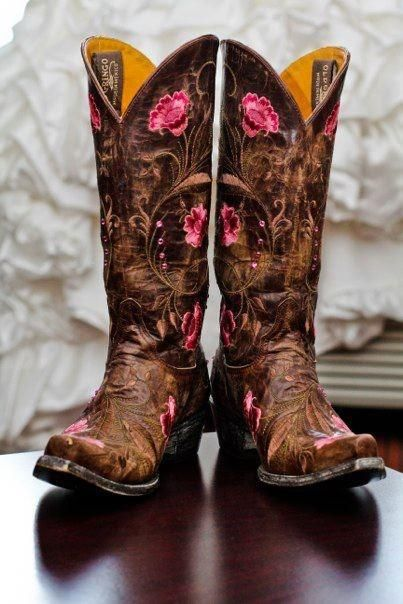 Old Gringo Boots! For those who love a little pink in their style!